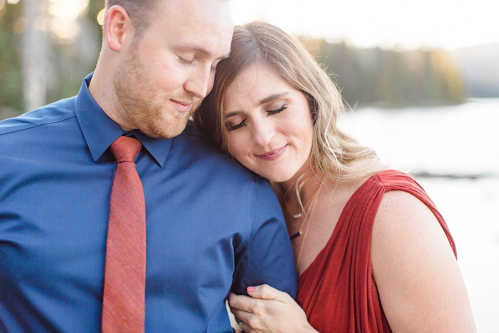 Bend Engagement Session || Romantic Engagement Photos