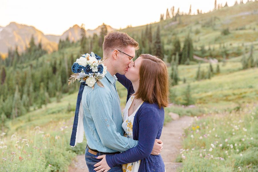 Engagement Session at Mount Rainier - Man and Woman Kissing