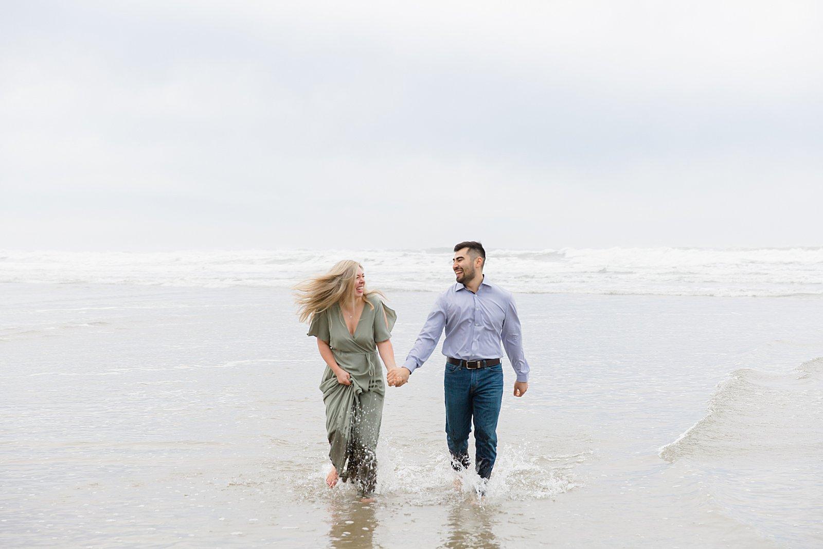 Rebekah Leona Photography | Cape Kiwanda | Beach Photo Session | Oregon Coast Engagement Session | Beach Photos