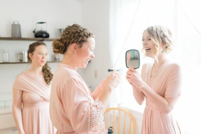 3 things to do on your wedding day...make a playlist!