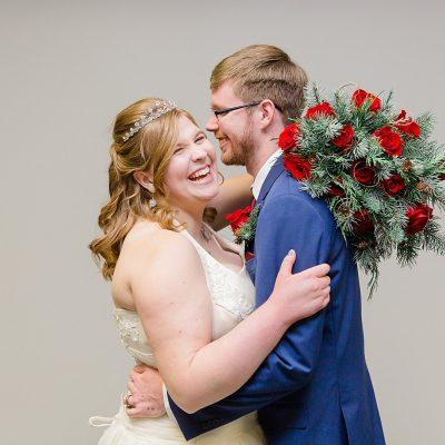 Keith & Alyssa // December Wedding in Lebanon Oregon