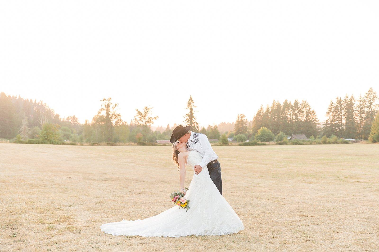 Lebanon Oregon Wedding Photographer_0273