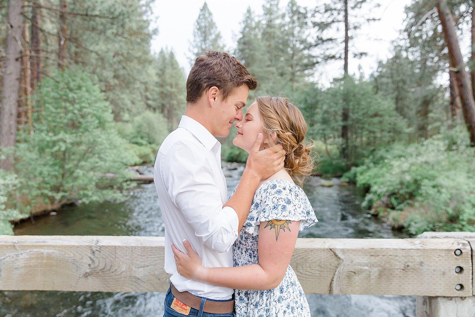 Oregon engagement session