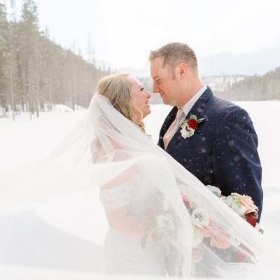 Mr & Mrs Bailey // Snowy Elopement in Bend, Oregon